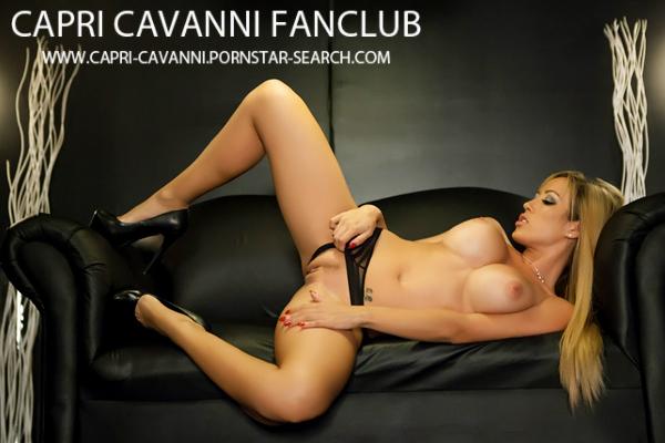 Capri Cavanni gets nude on a black couch - Click here !
